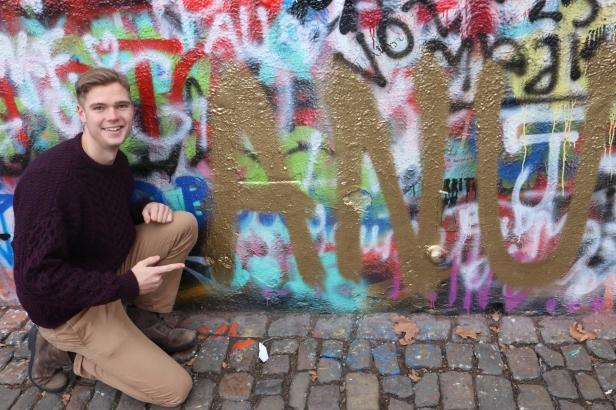 Prague Lennon Wall.JPG