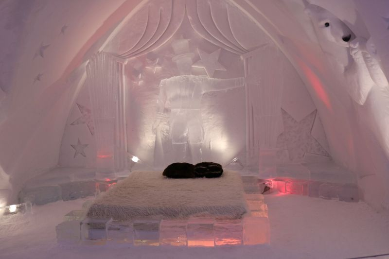 Ice hotel_preview.jpeg